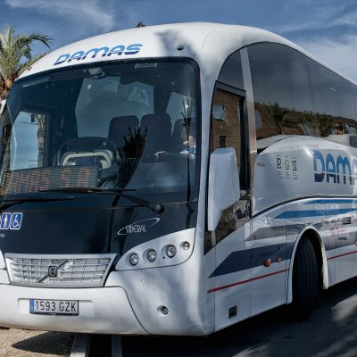 Servicio de transporte regular de uso especial